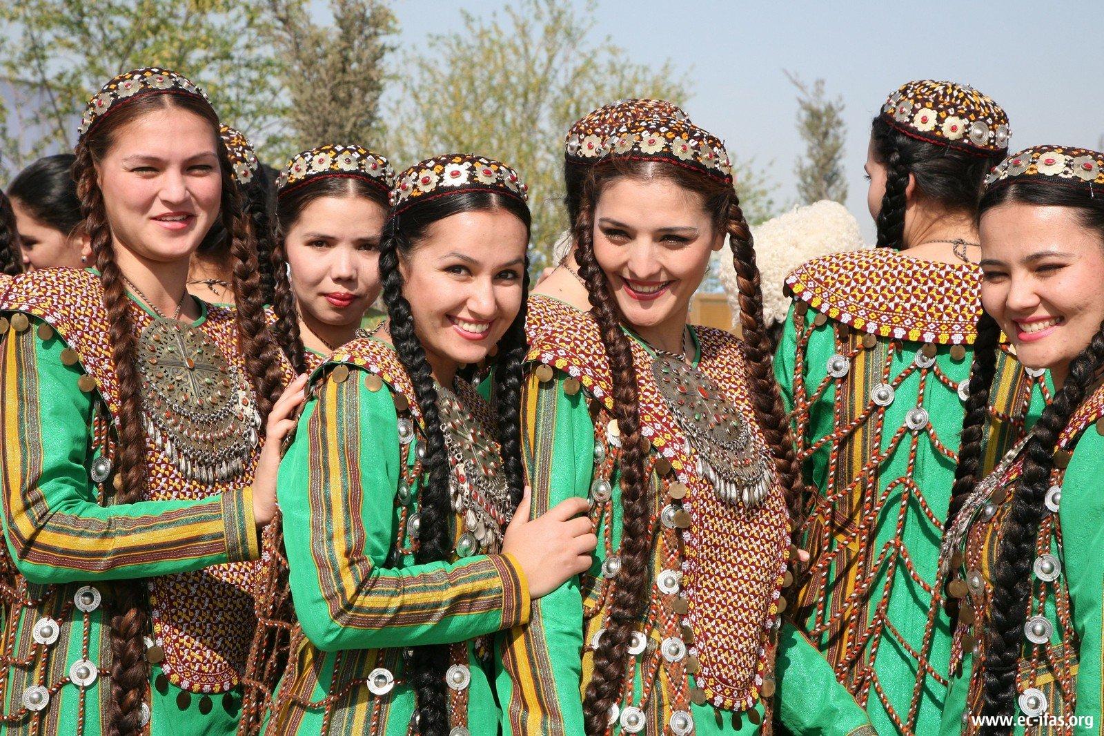 Ashgabat girls